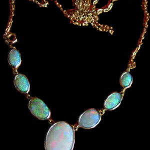 necklace opals,opal stone in necklace