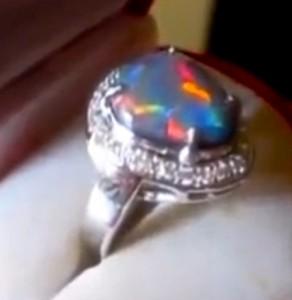 australian opal rings,opal ring,opal diamond ring, ladies opal diamond ring,ladies opal ring