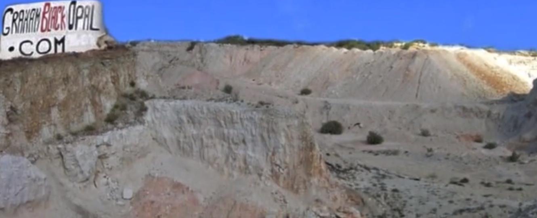 opal mine, national symbol australialia,opal mine