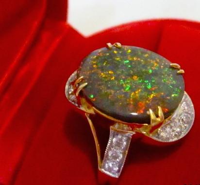 unique opal jewelry,unique opal diamond rings ,unique opal rings,unique black opal rings