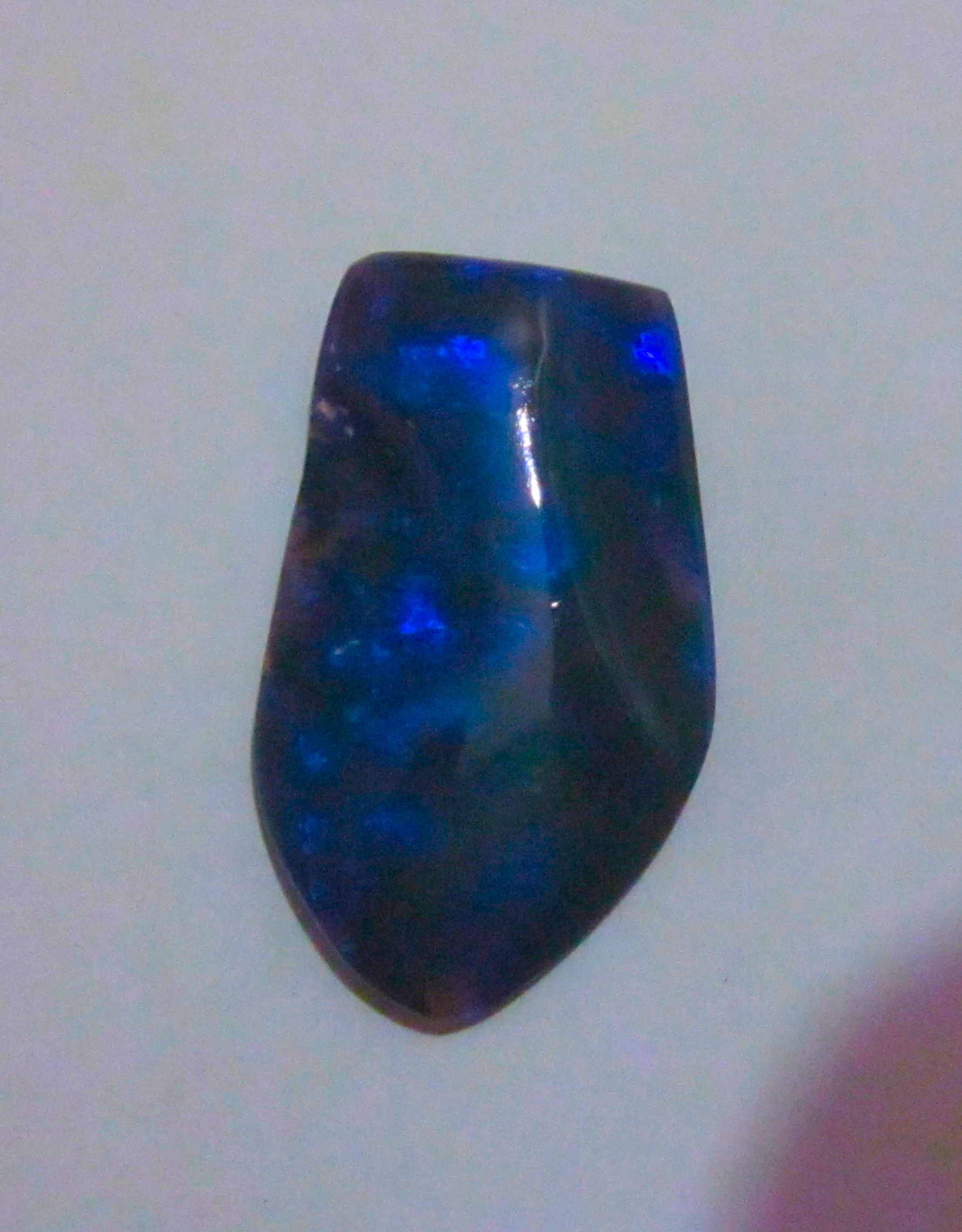 opal,opal freeform,opal carvings,opal sculpture