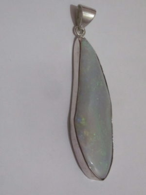 jewelry opal pendent