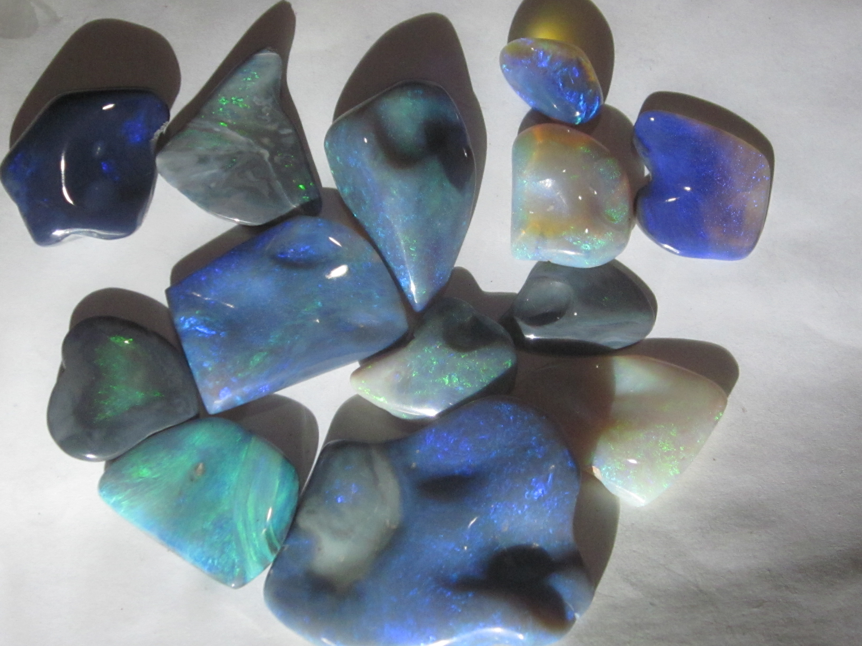 opal carved ,opal carving,black opal carving,opal,opal carving package