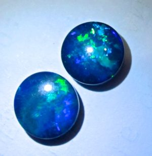 opals,opal wholesale,opals for sale,opal gemstones,black opals,october birthstone ,black opals for sale