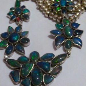 necklace opals