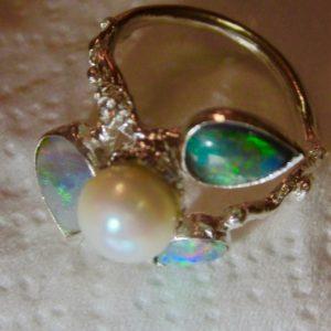 opal jewellery,opal ring