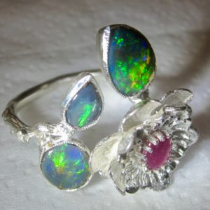 opal ring,jewellery with opal,opal rings