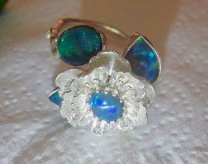 opal ring,gold opal ring,opal rings