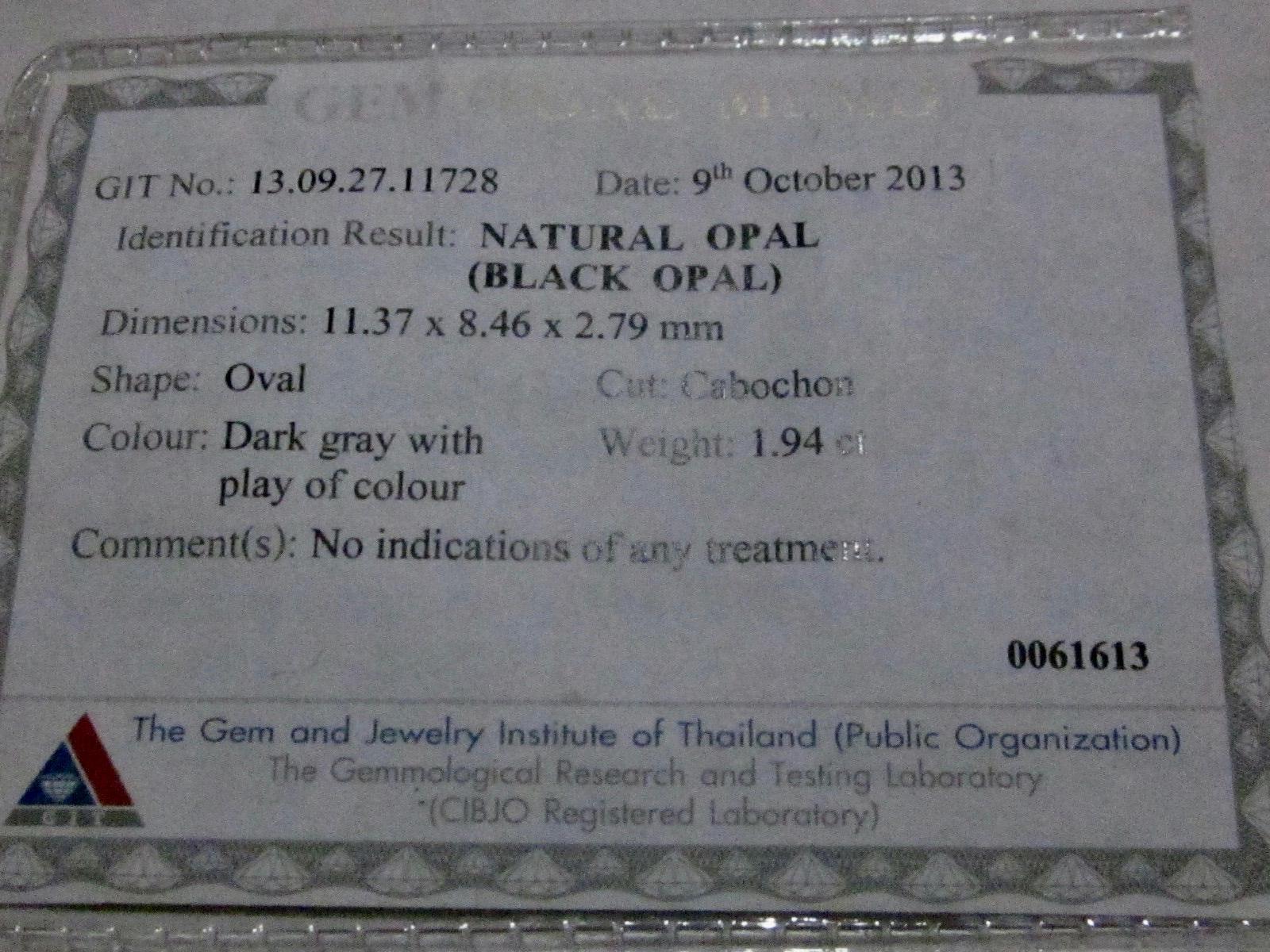 black opal,opal