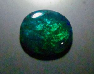 image green colour opal gemstone from Australian.