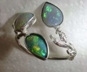 silver ring opal